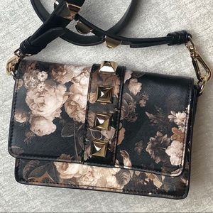 Steve Madden Floral w/Gold Studs Cross-Body Purse